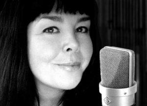 Anna Nederdal - kvinnlig voice over